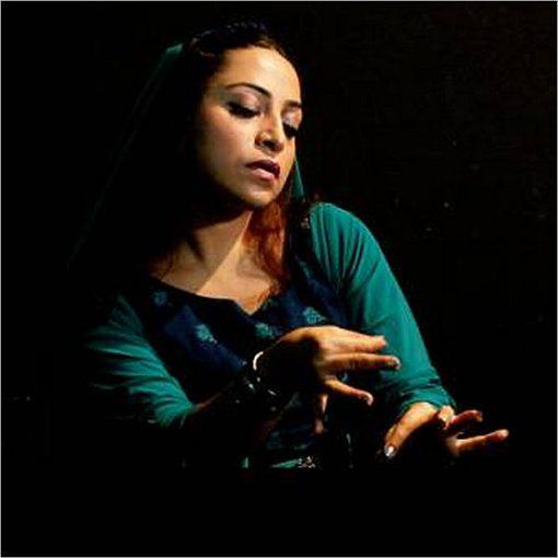 Leyley - Dalla Persia, teatro, la danza e musica dal vivo