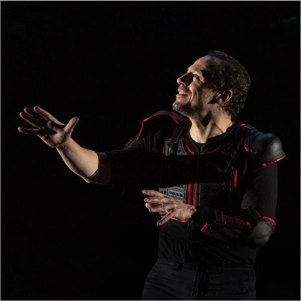 Teatro: Giocando con Orlando - Tracce, memorie, letture da Orlando furioso secondo Marco Baliani