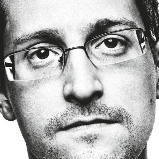 Errore di sistema. Il j'accuse di Edward Snowden ha infranto per sempre l'illusione del sogno americano