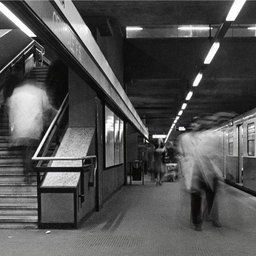 La rossa con occhi nuovi - Visita guidata sulla Metropolitana milanese