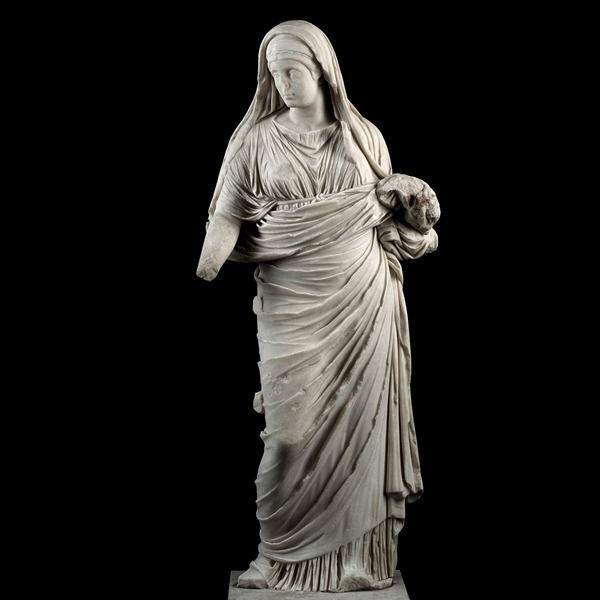 Alle origini del femminile: Insignia delle donne e il lusso