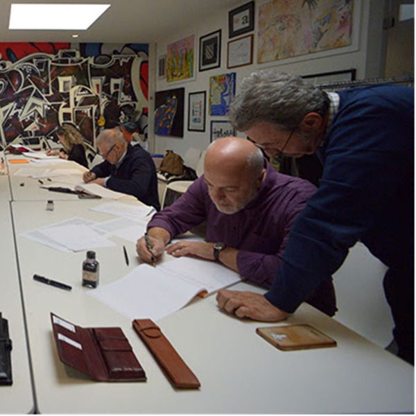 I Corsi di Calligrafia all'Officina della Scrittura