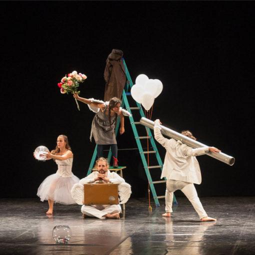 """Teatro-Danza: """"Little Something"""" di Loredana Parrella"""