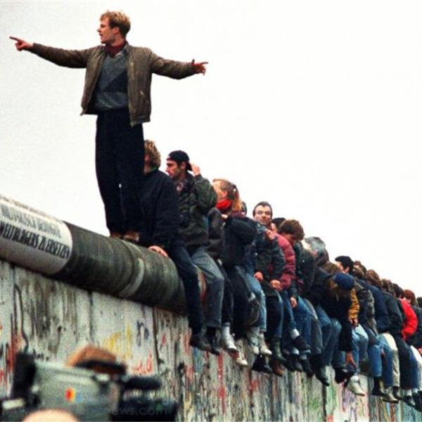 Dopo il Muro. Speranze e tragedie di un trentennio europeo - Ciclo di incontri