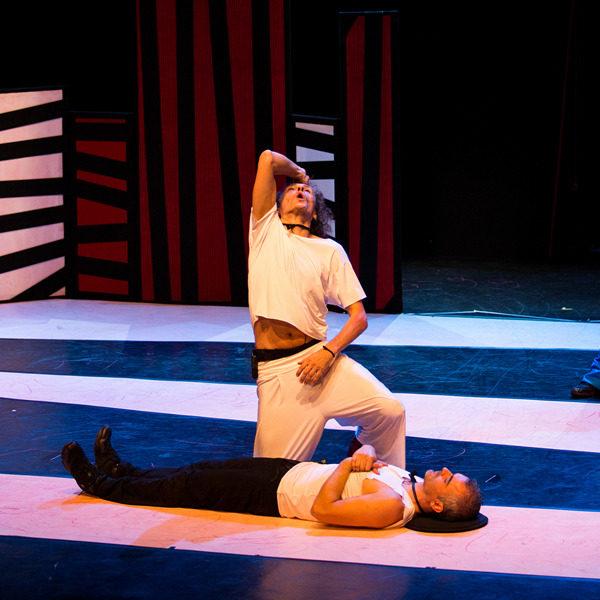 """Teatro: """"Anelante"""" di Flavia Mastrella e Antonio Rezza"""