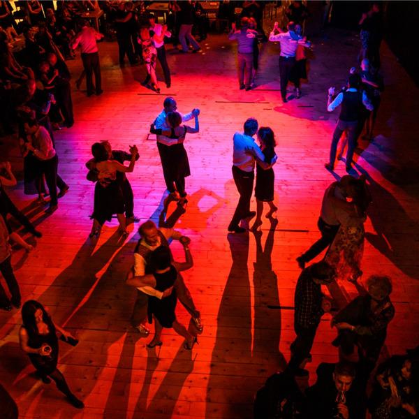 Por siempre tango - Giornata internazionale del tango con Roberto Herrera