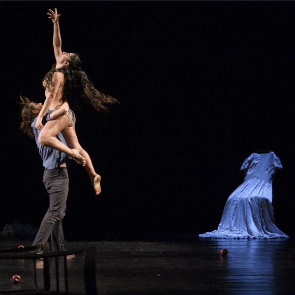 """Teatro: """"Romanza, trittico dell'intimità"""" di Twain physical dance theatre"""