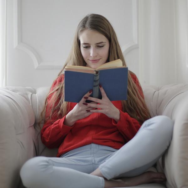 """Navigare tra i libri e le parole. Maratona di """"Leggere: tutti"""" per la giornata mondiale del libro"""