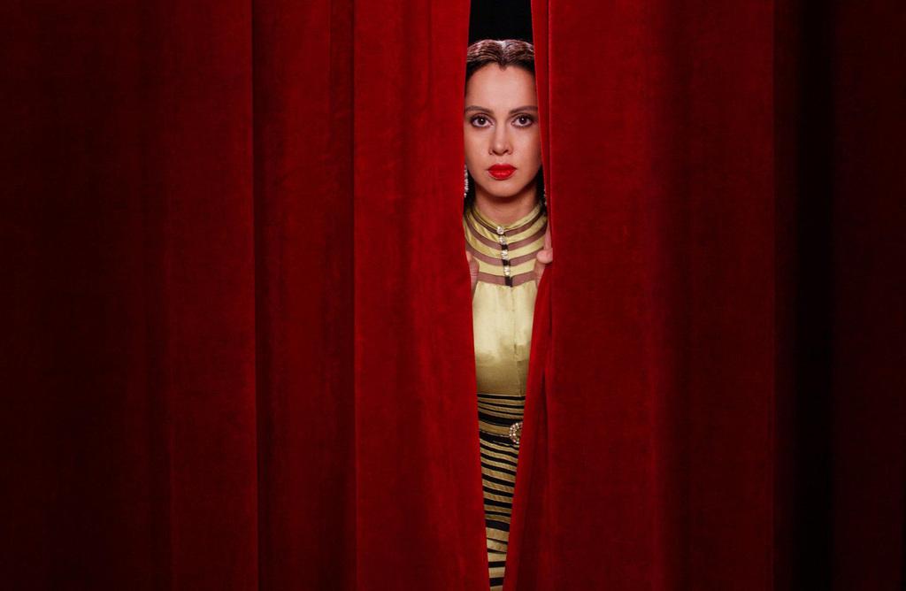 """""""Looking for Oum Kulthum"""". Incontro con Cristiana Perrella e la regista Shirin Neshat"""