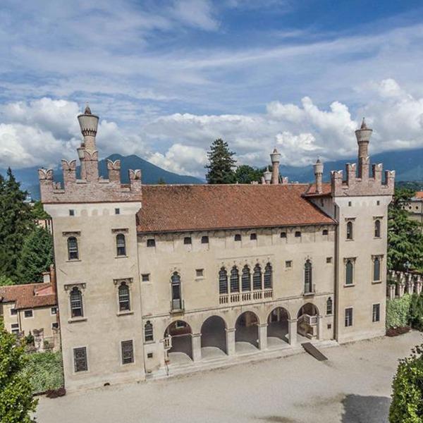 Il Castello di Thiene riapre e presenta il suo Giardino Romantico