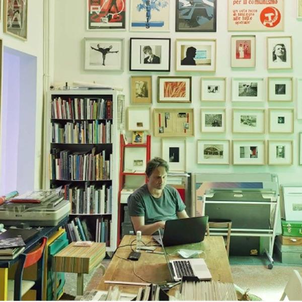 Dialoghi con le librerie. Racconti e interviste con le librerie fotografiche di Roma