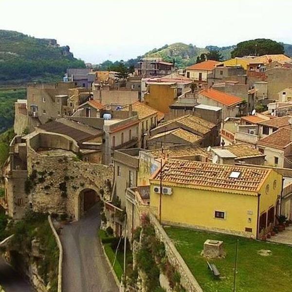 """""""Il Tour dei Borghi"""": visite guidate nei borghi siciliani"""