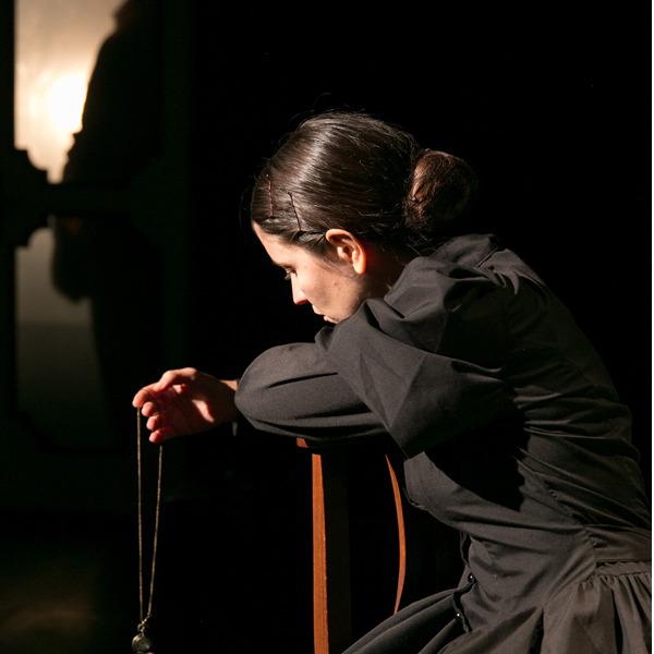"""Teatro: """"L'eco della falena"""" di Cantiere Artaud"""