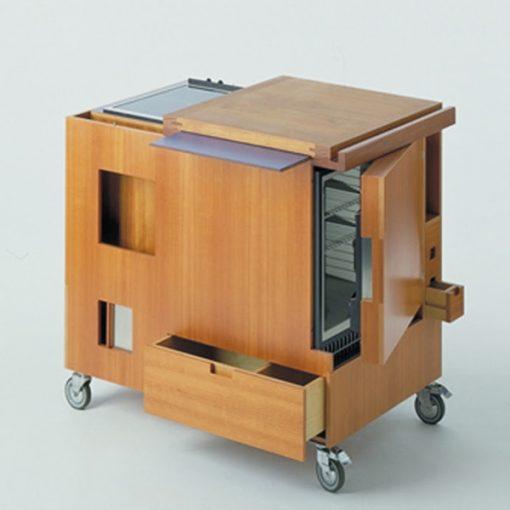 """Design italiano: """"Mini Kitchen"""", realizzata da Joe Colombo per Boffi nel 1963"""
