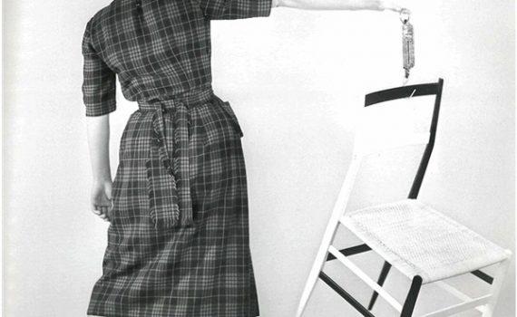 """Design italiano: """"Superleggera"""", la sedia realizzata nel 1955 da Gio Ponti per Cassina"""