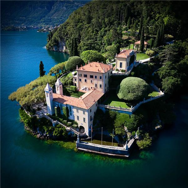 I Beni del FAI: Villa del Balbianello. Cimeli di imprese e avventure, custoditi in uno scrigno proteso sul lago di Como