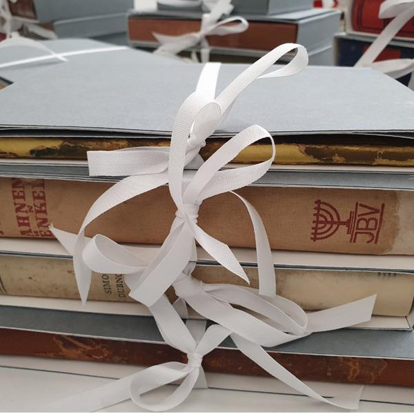 Restaurati 96 libri dei ragazzi ebrei accolti e salvati a Nonantola