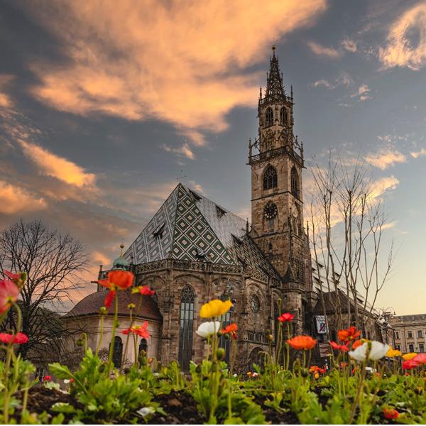 Fiori, arte e bicicletta: Bolzano riparte da qui
