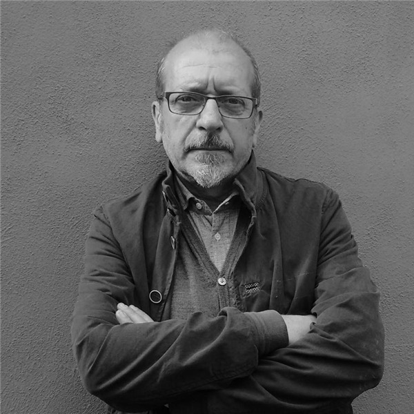 """Incontro con Dario Vergassola: """"Storie vere di un mondo immaginario. Cinque racconti delle Cinque Terre"""""""