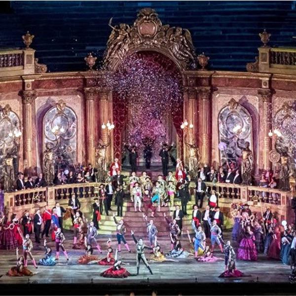 """""""La Traviata"""" di Franco Zeffirelli in streaming"""