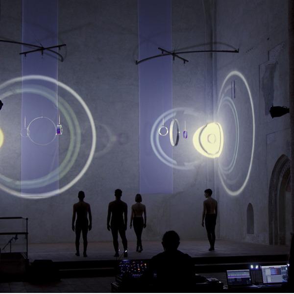 """Light Performance: musica e danza per la mostra """"E luce fu"""""""