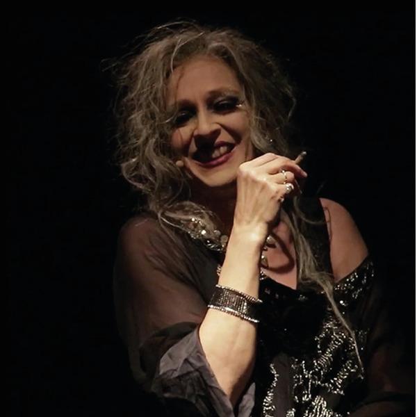 """Elisabetta Pozzi in """"Elena"""" di Ghiannis Ritsos"""