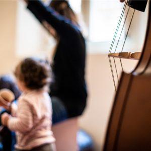 Musica col marsupio: laboratori musicali, concerti disturbati e visite a misura di bimbo