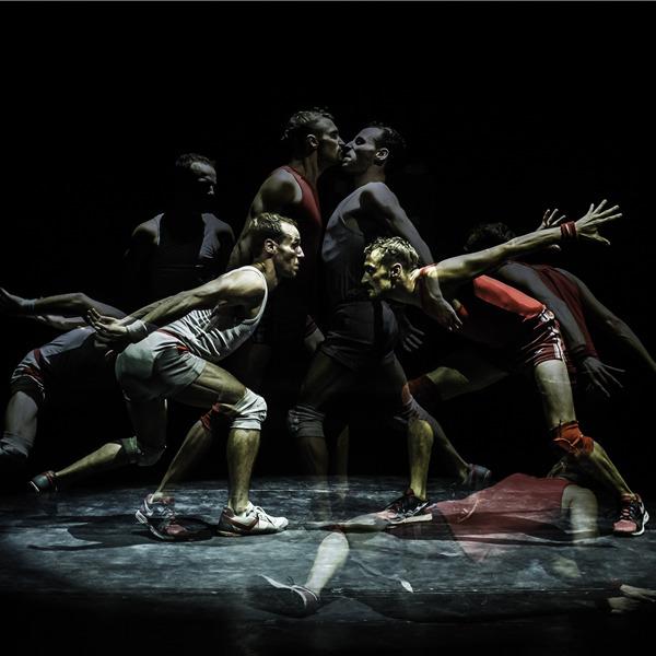 "Teatro: ""Un poyo rojo"" con Alfonso Barón e Luciano Rosso"