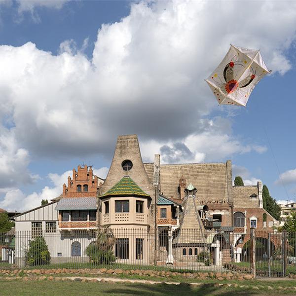 Nuvole di carta - Aquiloni in volo nei giardini di Villa Torlonia