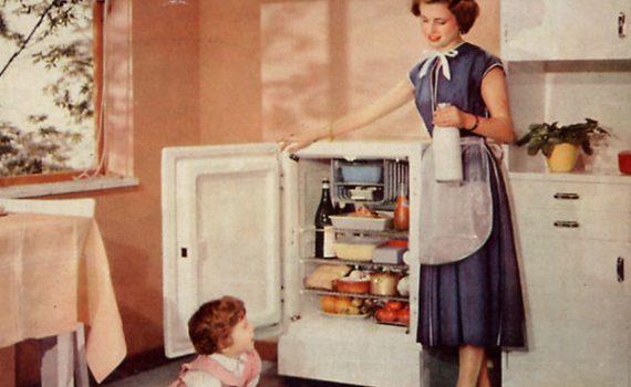 """Pausa Pubblicità: """"Il successo del frigorifero Fiat 120 litri"""" (1954)"""