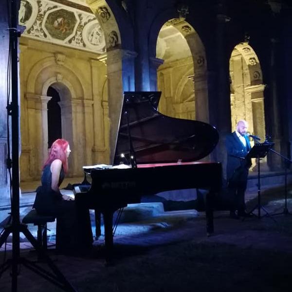 Intorno al festival dei matti - Concerto spettacolo con Ramona Munteanu e Gianluca Meis