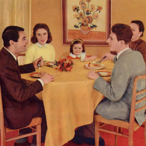 """Pausa Pubblicità: """"…brava avevi ragione, si mangia bene con Gradina"""" (1957)"""