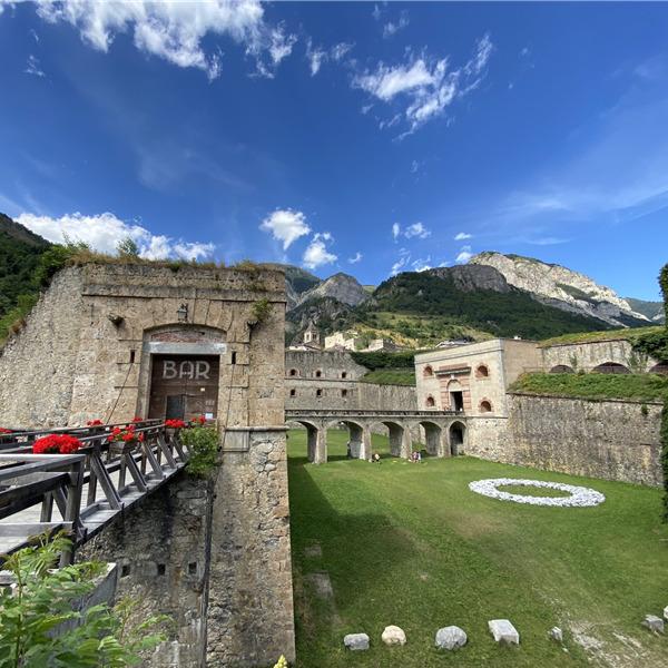 """""""Trasportati nella storia"""": scuole in pullman al Forte di Vinadio"""