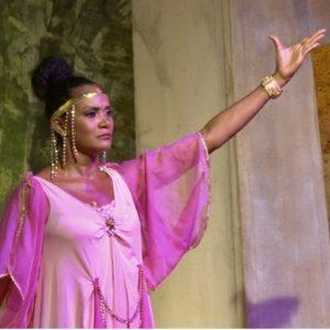 """Teatro: """"Il Carro di Dioniso"""" diretto ed interpretato da Vito Cesaro con Denny Mendez"""