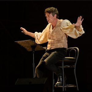 """Teatro: """"L'uomo che oscurò il Re Sole"""" con Alessio Boni"""