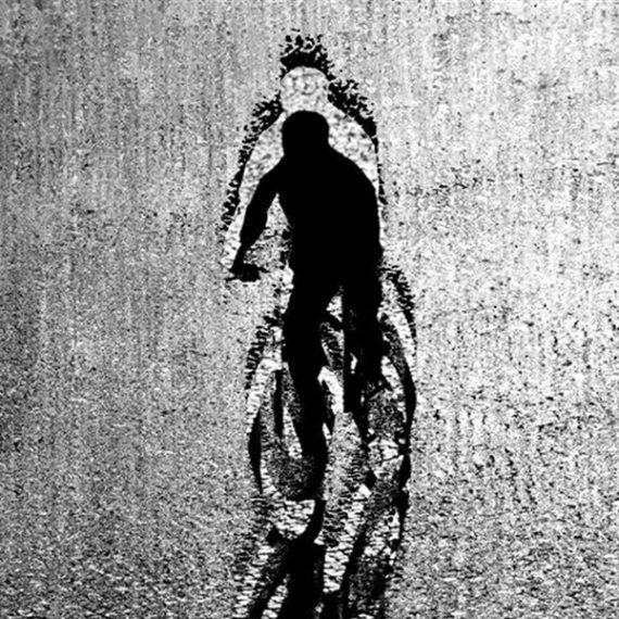 """""""24 scatti bike"""". Il concorso per fotografare il rapporto uomo-bicicletta"""